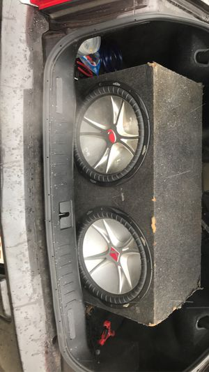 "Photo 15"" cvr's kickers 1500 W quantum audio amp"