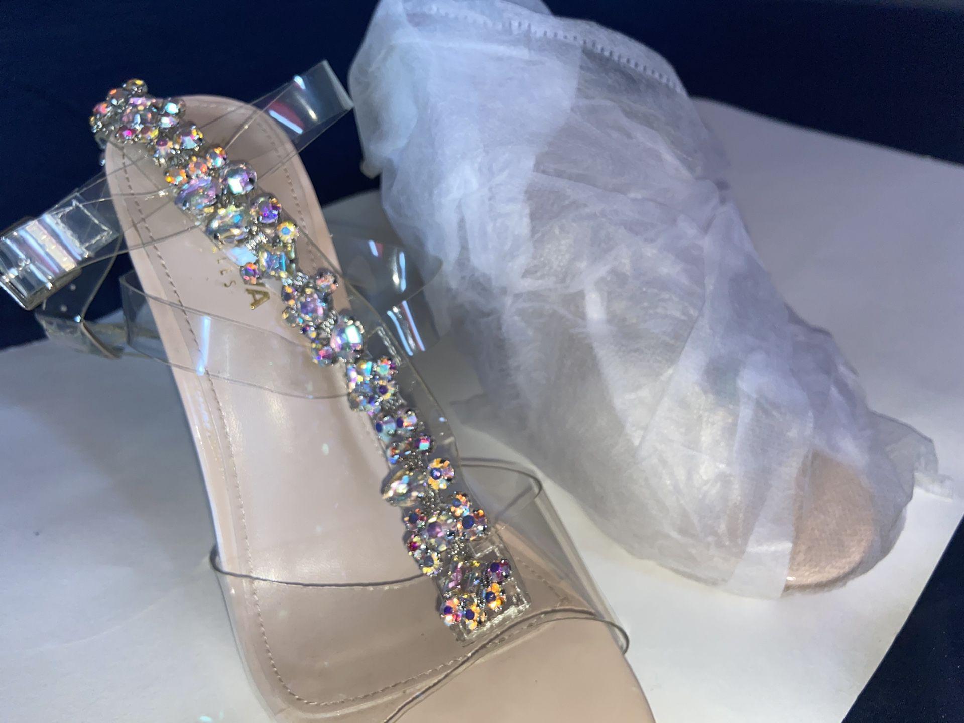 Nude crystallized Heel