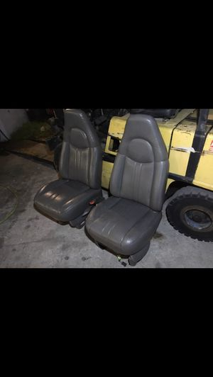 2003-2007 Chevy Express GMC Savana front seats gray, excellent shape , sold in pair. OEM GM truck parts for Sale in Lauderhill, FL