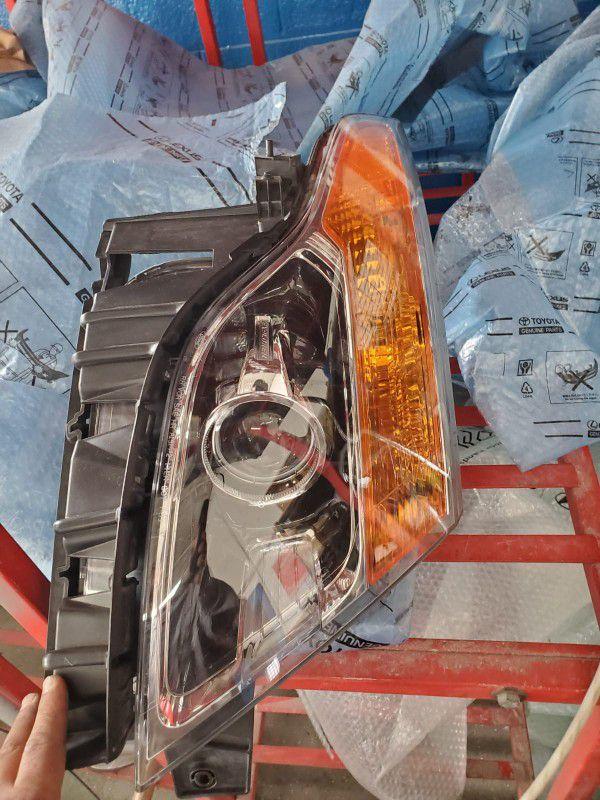 Passenger Side Light For 16 Ford Explorer