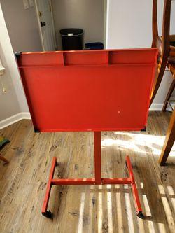 Red Metal Art Drafting Table Thumbnail