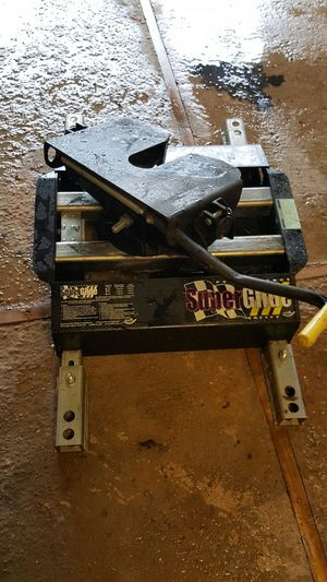 Pull rite 5th wheel hitch. 3100 for Sale in Dallas, TX