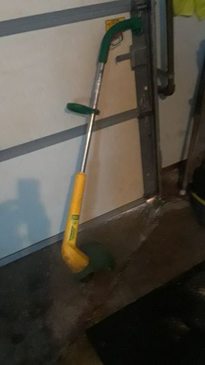 Photo ELECTRIC WEEDEATER SNAP-N-GOWORKS GREAT DONT NEED IT