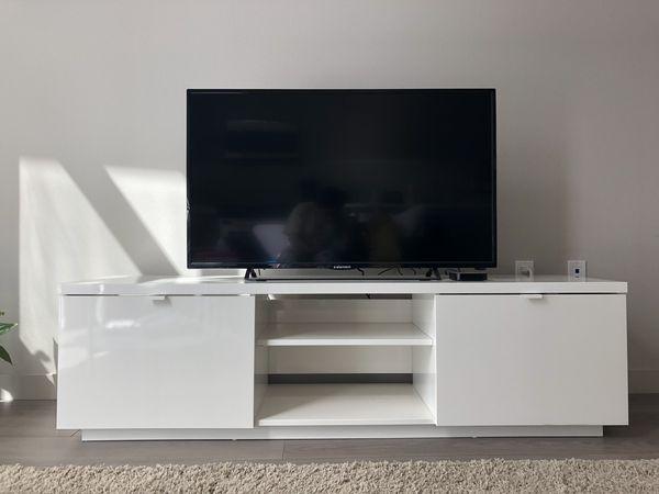 Ongekend IKEA BYAS TV Unit for Sale in Los Angeles, CA - OfferUp GG-42
