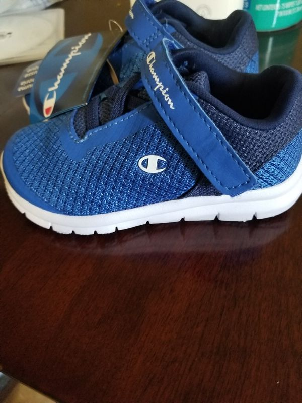 806844abbb8 Toddler Champion Shoes for Sale in Milwaukie