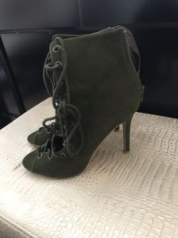 High heels Thumbnail