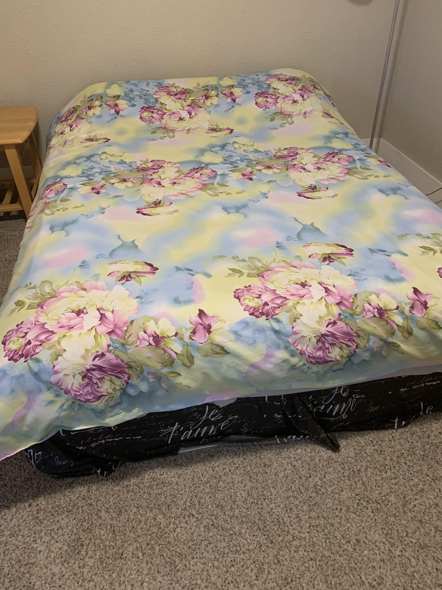Queen mattress with box