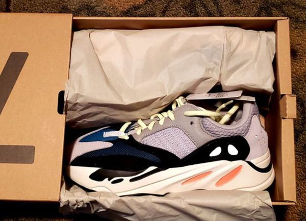 09d2aacd59df8 Adidas Yeezy Boost 700 OG Wave Runner Size 7.5 for Sale in Las Vegas ...