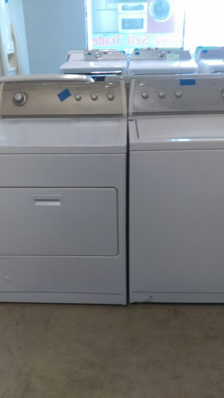 Whirlpool washer and gas dryer great condition used