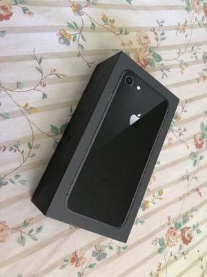 iPhone 8 Box 64 GB for Sale in Orlando, FL