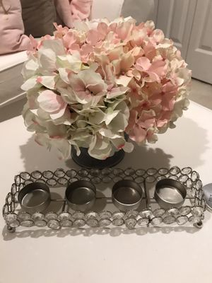 Glass display of 4 tea light holders. Simply beautiful. Pretty on any desk or table for Sale in Hollywood, FL