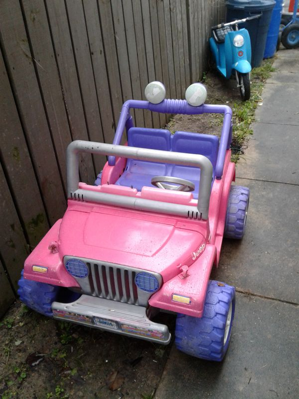 Barbie Pink Jeep Wrangler Beach 2 Seater Work Sbattery And Charger