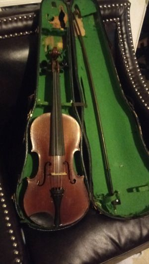 Aubert violin with case and bow for Sale in Dallas, NC