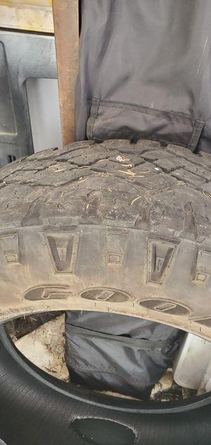 Photo Set of 2 285 60 20 tires 70 % tread