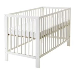 Baby bed and changing table for Sale in Alexandria, VA