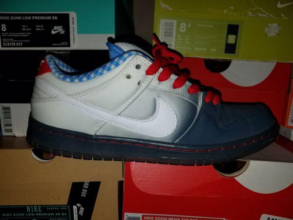 premium selection 50a7b ca2bb Nike SB dunk low