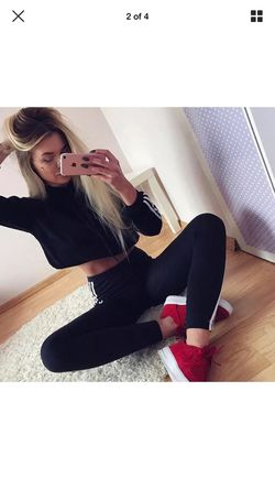 Black & white hooded crop top-tracksuit Thumbnail