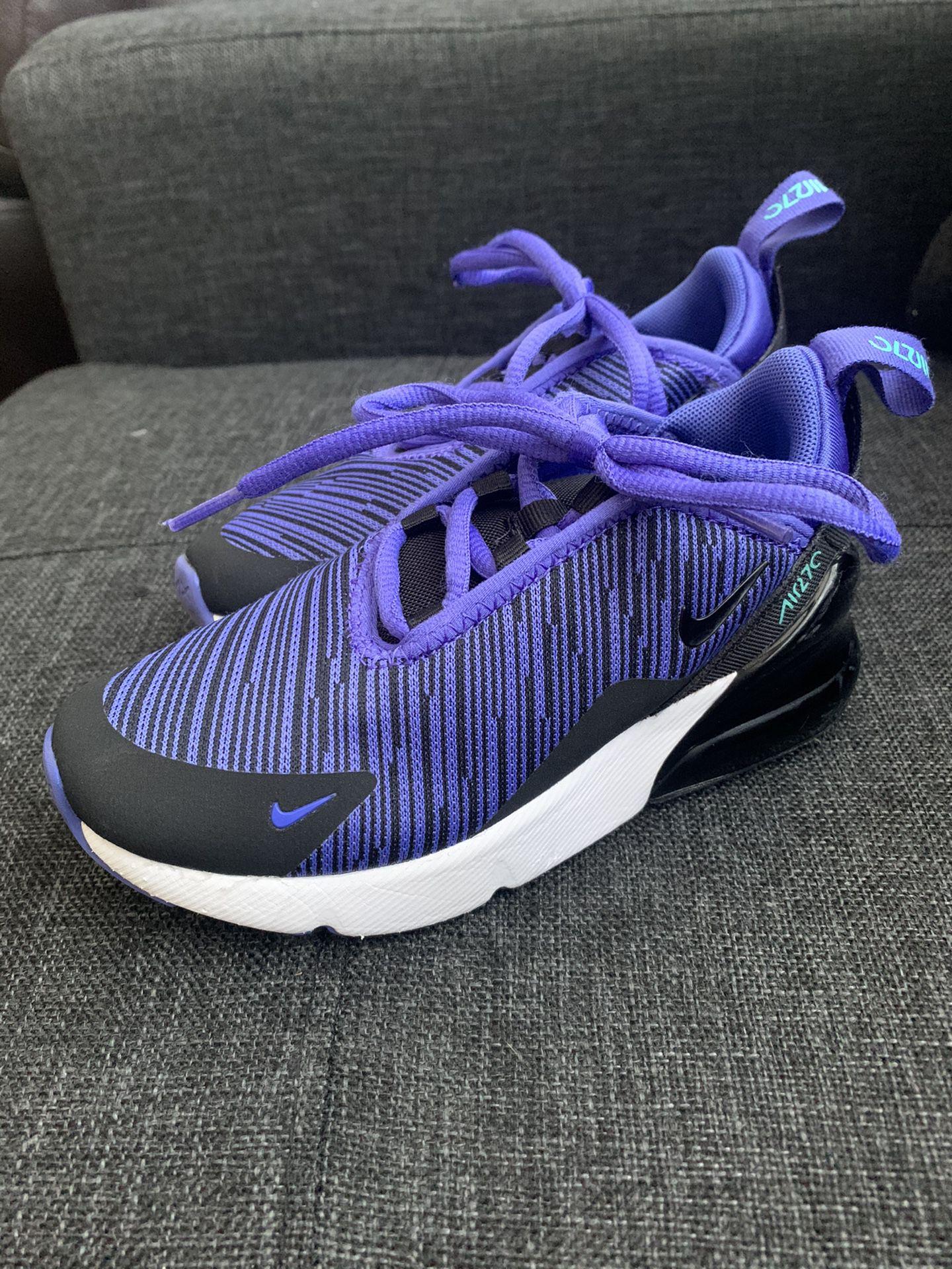 Nike 270s size 11c