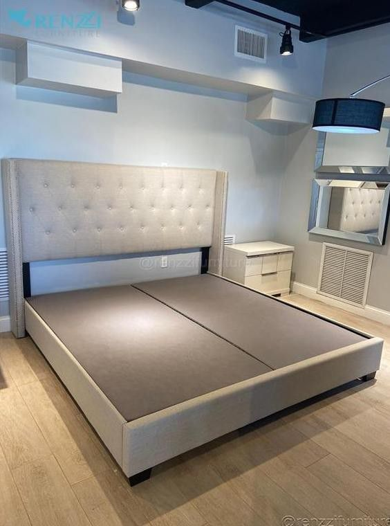 °$+$° / King Bed $499 // Financing Available *+*