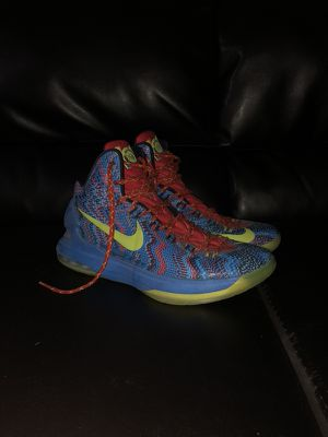 KD V Christmas for Sale in Downey, CA