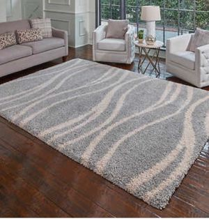 Area Rug 5x7 Ft real shaggy ash light Gray new never used super soft for Sale in La Mesa, CA