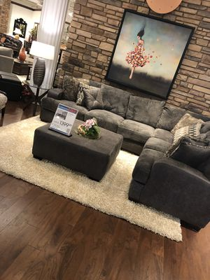 Sofa for Sale in Apex, NC