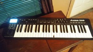 Alexis Qx49 49 Key Advanced USB Midi Keyboard Controller with Trigger Pads and Faders for Sale in South Hill, VA