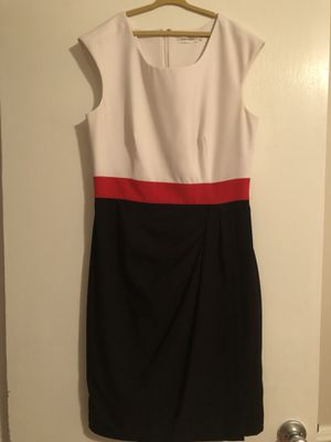 Calvin Klein Women's Dress for Sale in Kenbridge, VA