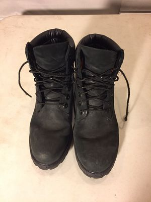 TIMBERLAND SIZE 6 BOOTS for Sale in Chicago, IL