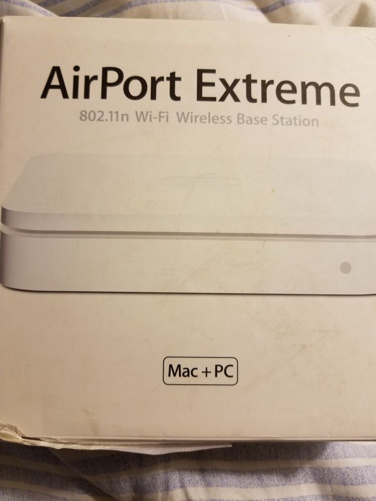 Air port Mac In box.