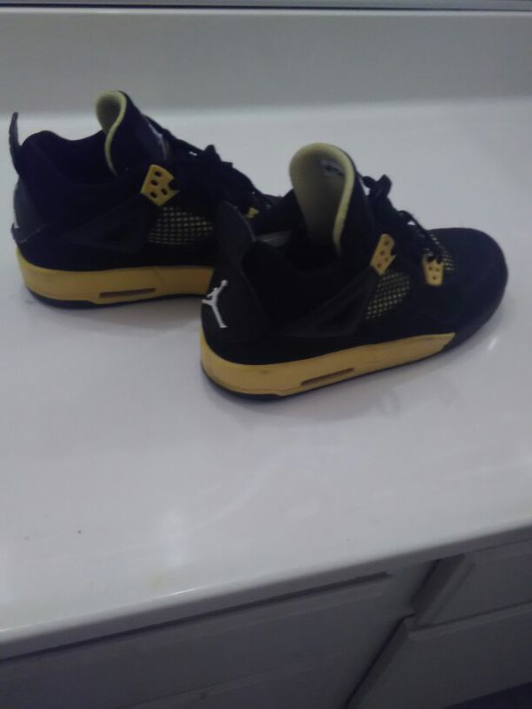 6c33f3027bfc22 Air Jordan 4 Retro  Thunder  2012 in black and yellow size 5Y for Sale ...
