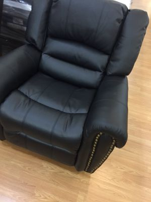 Recliner Black Sofa Couch for Sale in Santa Monica, CA
