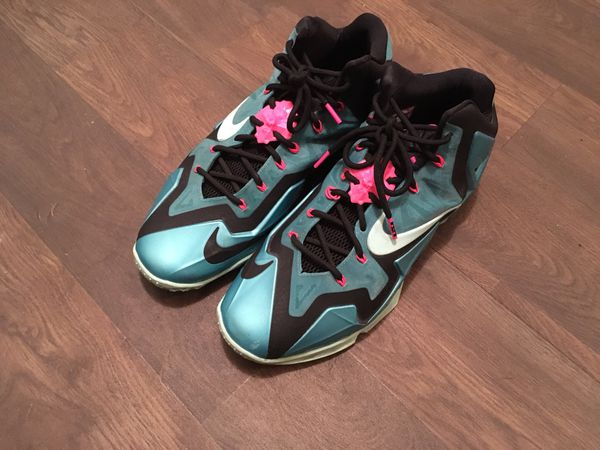 online retailer 88a60 8525a Nike Lebron South Beach XI 11 Shoes (Clothing   Shoes) in Casa Grande, AZ -  OfferUp