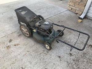 Photo Craftsman yard man lawn mower with bagger