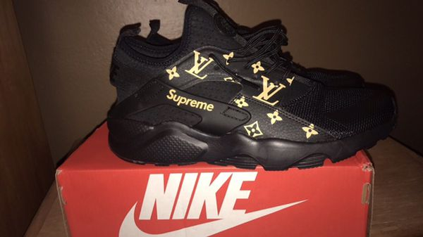 uk availability 69c60 13357 ... discount custom nike air huarache supreme lv black gold shoes ycrh2j  25c0a f4887