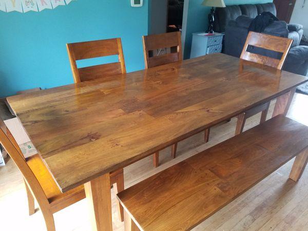 Barrel Basque Honey Dining Room Table