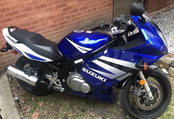 Suzuki gs500 F 2004 clean tittle for Sale in Chicago, IL - OfferUp