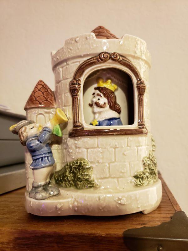 Camelot ceramic Music Box for Sale in San Jose, CA - OfferUp