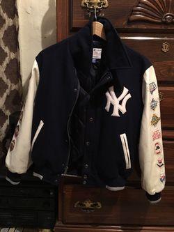 Kids Yankees jacket size large Thumbnail