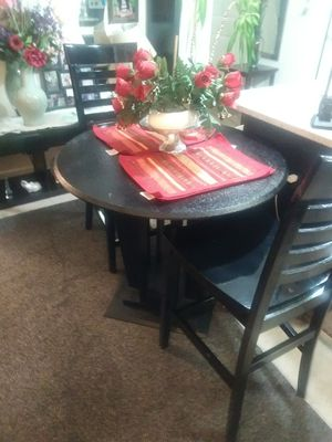 BLACK TABLE WITH 2 CHAIRS for Sale in McLean, VA