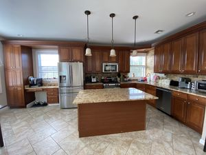 New And Used Kitchen Cabinets For Sale In New Haven Ct Offerup