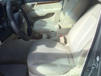 Hyundai Santa Fe Thumbnail