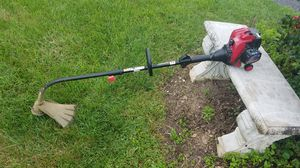 TROYBILT 25CC CURVED WEED TRIMMER for Sale in Inwood, WV