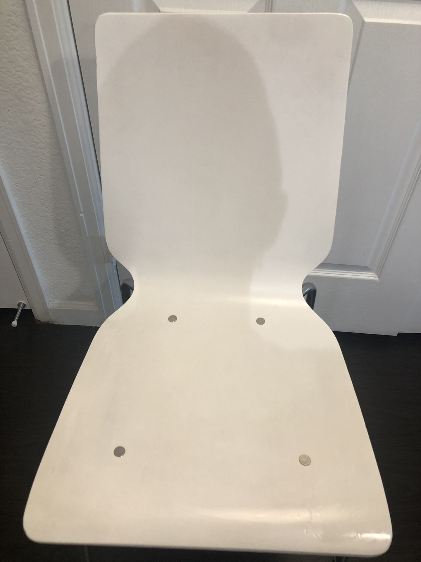 $10 Awesome Sturdy White Chair