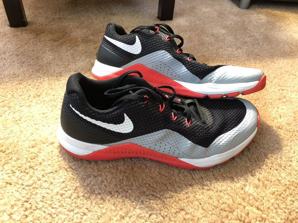 927f162759ab6 Men s 8.5 Nike Flywire training shoes. for Sale in Dallas Center