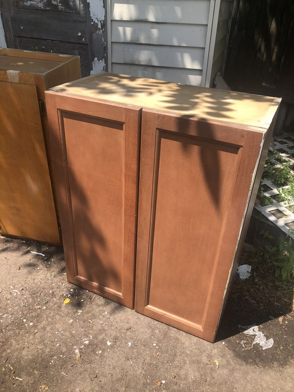 1 Kitchen cabinet (upper) for Sale in New Britain, CT ...