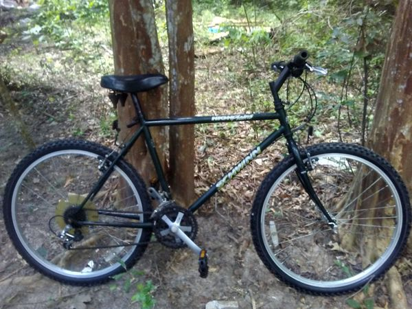 5d1d030d382 Schwinn high plains mountain bike for Sale in New Caney, TX - OfferUp