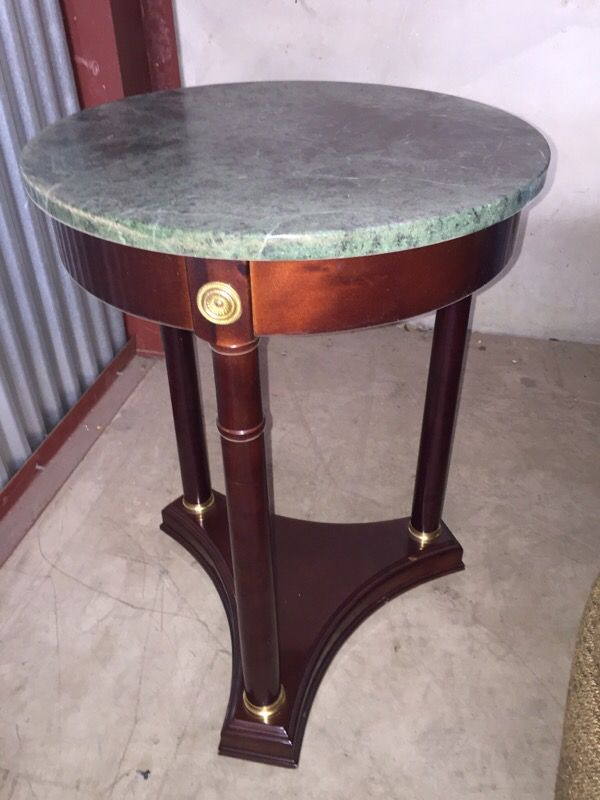 The Bombay Co. Solid Mahogany Green Marble Top End Table ...