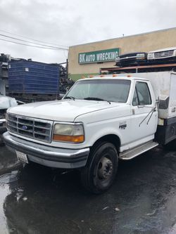 1996 ford truck or bronco parts this is a 7.3 diesel flat bed Thumbnail