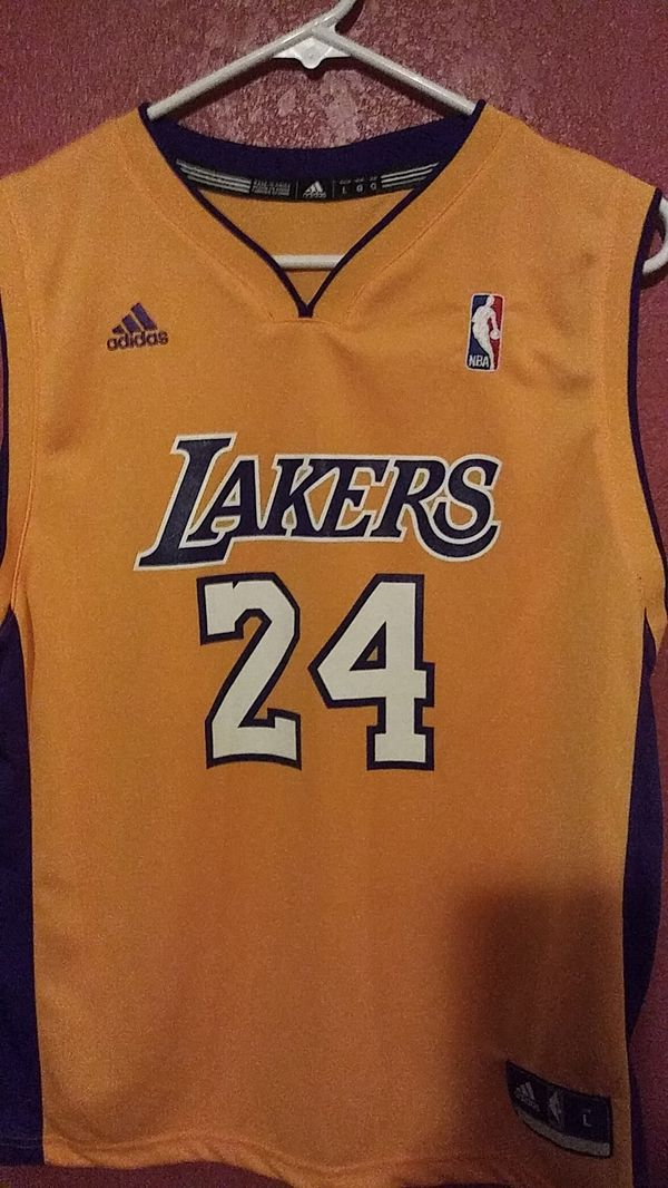 ac66b7c9a93 New and Used Lakers jersey for Sale in Phoenix, AZ - OfferUp